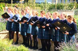 Year 7 Choir sing 'Hallelujah'